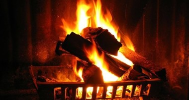 What Are the Advantages Offered by A Virtual Fireplace?