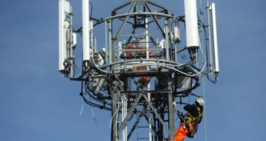 What Is A Telecommunication Tower Rigger?