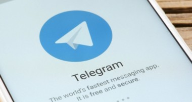 The Pros and Cons of Boosting your Telegram Profile