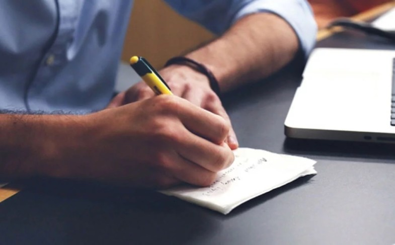 Tips to write an English literature assignment